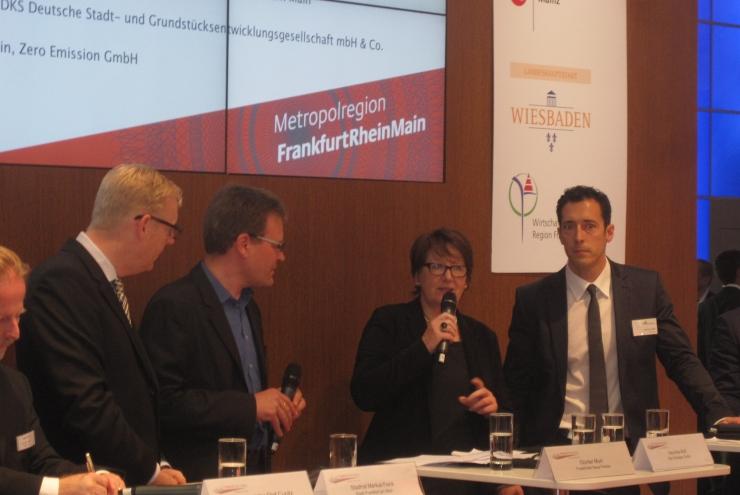 EXPO REAL - Geschäftsführerin Veronika Wolf spricht über Standortmanagement